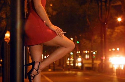 mắc bệnh lậu vì gái mại dâm
